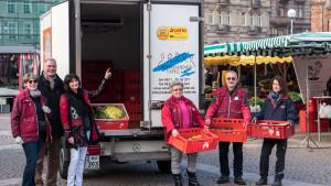 LOTTO_hilft_Hessen_Tafeln_Transporter_ba_07.02.2018_Gruppenbild3
